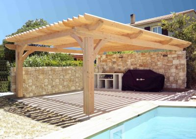 Pool house en bois lame bioclimatique